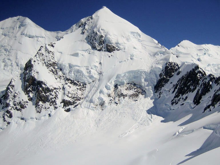 Mt Dixon NZ mountaineering expedition