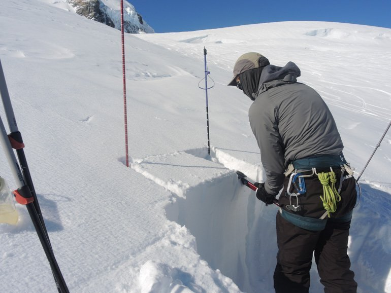 Learning snow pit test avalanche course