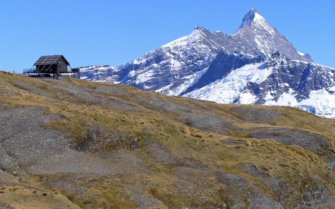 Mt Aspiring Chalet Heli-Hike