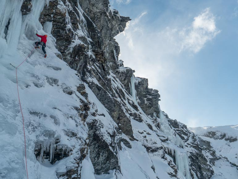 Lead climbing on ice